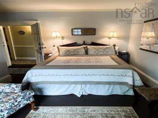 Photo 20: 36 Dock Street in Shelburne: 407-Shelburne County Residential for sale (South Shore)  : MLS®# 202123158