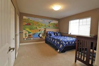 Photo 14: 13445 NEAVES Road in Pitt Meadows: North Meadows PI House for sale : MLS®# R2559471