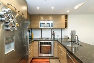 """Photo 10: 405 1690 W 8TH Avenue in Vancouver: Fairview VW Condo for sale in """"The Musee"""" (Vancouver West)  : MLS®# R2527245"""