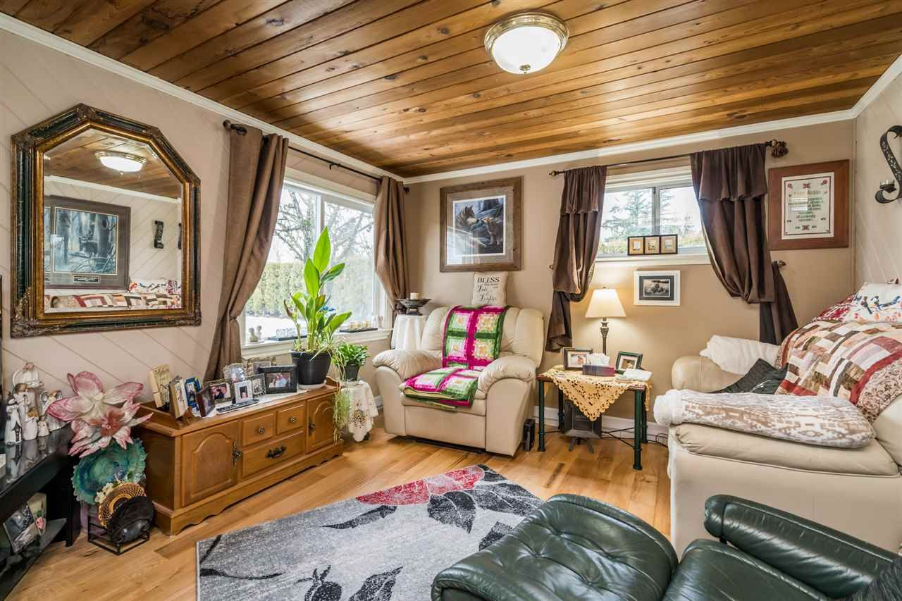 Photo 11: Photos: 1408 CLEARBROOK Road in Abbotsford: Poplar House for sale : MLS®# R2541003