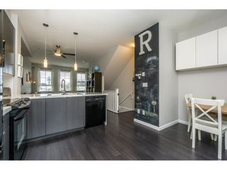 "Photo 4: 105 19505 68A Avenue in Surrey: Clayton Townhouse for sale in ""Clayton Rise"" (Cloverdale)  : MLS®# R2147610"