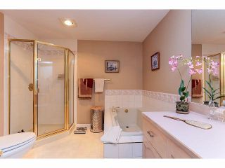 """Photo 15: 33 9168 FLEETWOOD Way in Surrey: Fleetwood Tynehead Townhouse for sale in """"The Fountains"""" : MLS®# F1414728"""