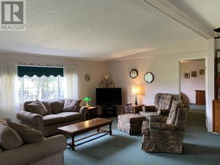 Photo 5: 5276 19 Avenue in Coleman: House for sale : MLS®# A1113553