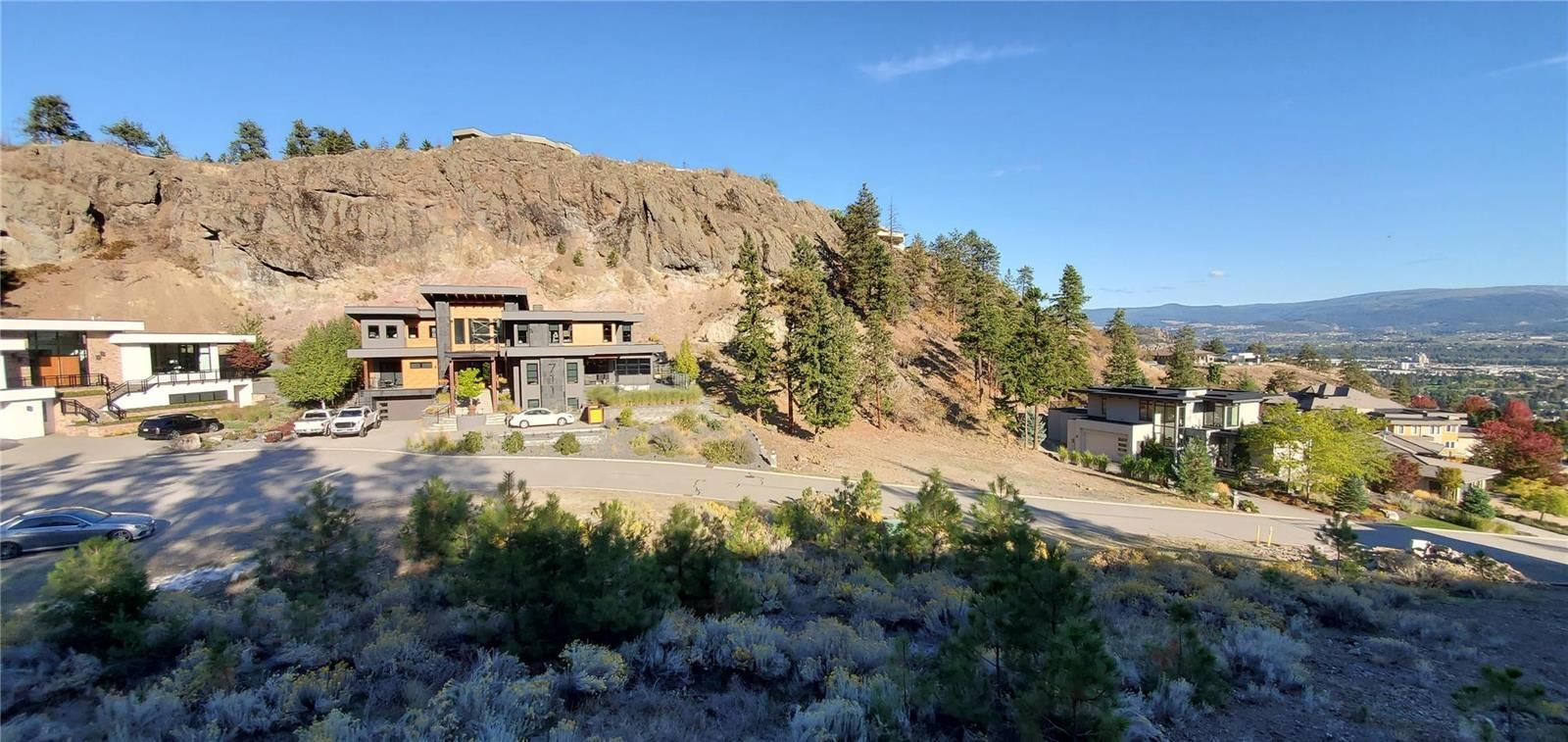 Main Photo: 720 Pinehaven Court, in Kelowna: Vacant Land for sale : MLS®# 10241109