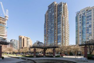 """Photo 27: 409 1188 RICHARDS Street in Vancouver: Yaletown Condo for sale in """"Park Plaza"""" (Vancouver West)  : MLS®# R2475181"""