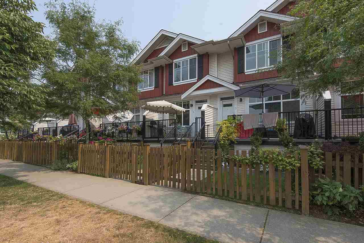 """Main Photo: 4 6956 193 Street in Surrey: Clayton Townhouse for sale in """"The Edge"""" (Cloverdale)  : MLS®# R2194953"""