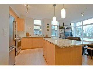 "Photo 6: 225 735 W 15TH Street in North Vancouver: Hamilton Townhouse for sale in ""SEVEN 35"" : MLS®# V1042022"