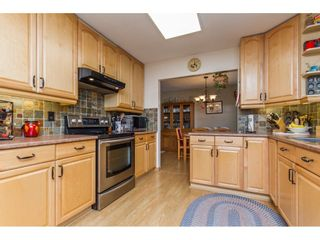 Photo 2: 34621 YORK Avenue in Abbotsford: Abbotsford East House for sale : MLS®# R2153513