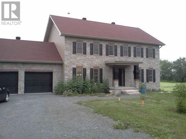 Main Photo: 4 MARSTON RD in L'orignal: House for sale : MLS®# X4420046