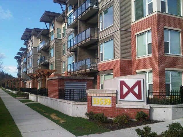 """Main Photo: 202 33539 HOLLAND Avenue in Abbotsford: Central Abbotsford Condo for sale in """"The Crossing - Building B"""" : MLS®# R2517839"""