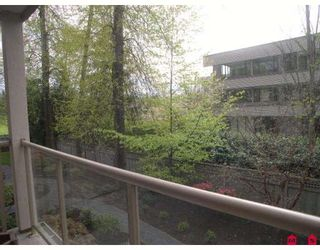 "Photo 6: 207 15340 19A Avenue in Surrey: King George Corridor Condo for sale in ""Stratford Gardens"" (South Surrey White Rock)  : MLS®# F2812266"