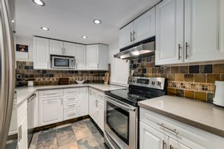 """Photo 7: 916 BRITTON Drive in Port Moody: North Shore Pt Moody Townhouse for sale in """"Woodside Village"""" : MLS®# R2616930"""