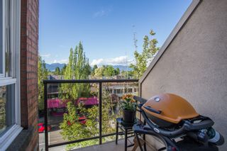 """Photo 13: 411 3638 W BROADWAY in Vancouver: Kitsilano Condo for sale in """"CORAL COURT"""" (Vancouver West)  : MLS®# R2461074"""