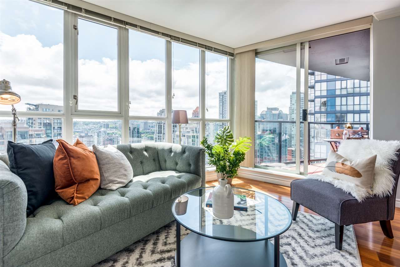 """Main Photo: 2506 1155 SEYMOUR Street in Vancouver: Downtown VW Condo for sale in """"Brava"""" (Vancouver West)  : MLS®# R2387101"""