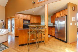 Photo 11: 1785 Cedar Hill Cross Rd in : SE Mt Tolmie House for sale (Saanich East)  : MLS®# 858510