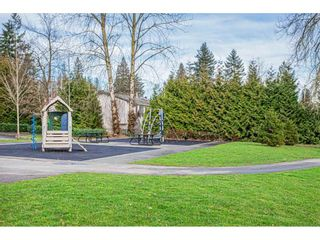 """Photo 16: 108 33850 FERN Street in Abbotsford: Central Abbotsford Condo for sale in """"Fernwood Manor"""" : MLS®# R2430522"""