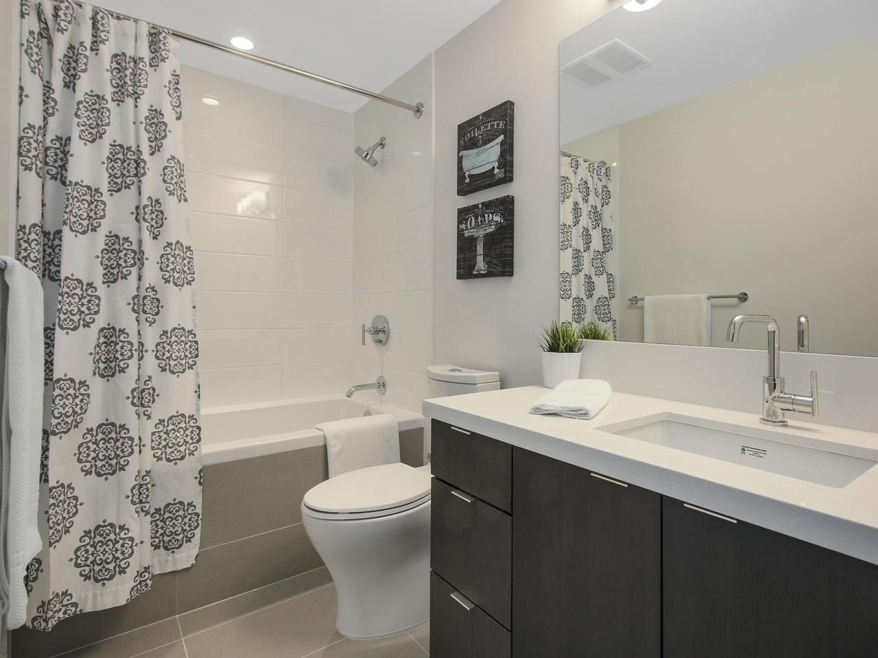 """Photo 8: Photos: 604 417 GREAT NORTHERN Way in Vancouver: Mount Pleasant VE Condo for sale in """"CANVAS"""" (Vancouver East)  : MLS®# R2118078"""