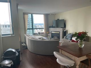 Photo 2: 3204 1238 MELVILLE Street in Vancouver: Coal Harbour Condo for sale (Vancouver West)  : MLS®# R2618622