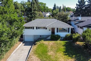 Main Photo: 26 Cornell Place NW in Calgary: Cambrian Heights Detached for sale : MLS®# A1137683