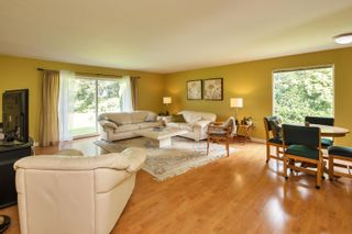 Photo 4: 19658 RICHARDSON Road in Pitt Meadows: North Meadows PI House for sale : MLS®# R2616739