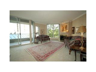 """Photo 2: 207 1135 QUAYSIDE Drive in New Westminster: Quay Condo for sale in """"ANCHOR POINTE"""" : MLS®# V916905"""