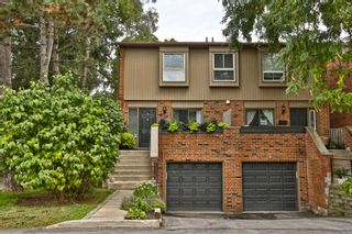 Photo 1: 7 3122 Lakeshore Road West in Oakville: Condo for sale : MLS®# 30762793