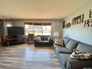Photo 8: 201 Cross Street South in Outlook: Residential for sale : MLS®# SK851005