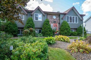 Photo 1: 45 Ascot Way in Lower Sackville: 25-Sackville Residential for sale (Halifax-Dartmouth)  : MLS®# 202123084