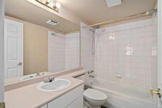 Photo 8: 107 689 Bay St in : Vi Downtown Condo for sale (Victoria)  : MLS®# 874219
