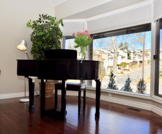 Photo 17: 7067 EDGEMONT Drive NW in Calgary: Edgemont House for sale : MLS®# C4143123