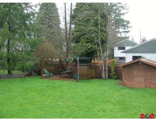 "Photo 10: 9170 147TH Street in Surrey: Bear Creek Green Timbers House for sale in ""Green Timbers"" : MLS®# F2706035"