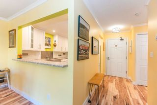 "Photo 10: 617 1350 VIDAL Street: White Rock Condo for sale in ""Seapark Manor"" (South Surrey White Rock)  : MLS®# R2612513"
