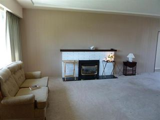 Photo 2: 7129 GIBSON Street: Montecito Home for sale ()  : MLS®# V1003248