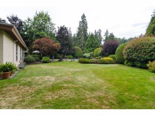 """Photo 4: 2977 NORTHCREST Drive in Surrey: Elgin Chantrell House for sale in """"Elgin Park Estates"""" (South Surrey White Rock)  : MLS®# F1418044"""