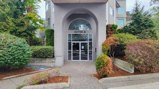 """Photo 1: 102 32725 GEORGE FERGUSON Way in Abbotsford: Abbotsford West Condo for sale in """"Uptown"""" : MLS®# R2617452"""
