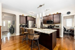 Photo 9: 2024 Armitage Green SW in Edmonton: Zone 56 House for sale : MLS®# E4260361