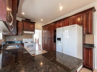 Photo 15: 10 WARWICK Avenue in Burnaby: Capitol Hill BN House for sale (Burnaby North)  : MLS®# R2603486