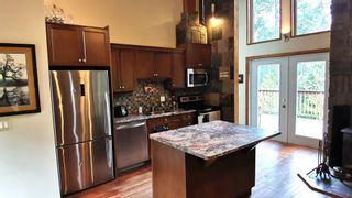 Photo 10: 686 WILKS Road: Mayne Island House for sale (Islands-Van. & Gulf)  : MLS®# R2549140