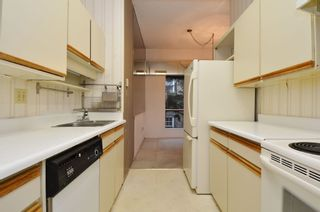 """Photo 6: 206 1345 W 15TH Avenue in Vancouver: Fairview VW Condo for sale in """"SUNRISE WEST"""" (Vancouver West)  : MLS®# R2007756"""