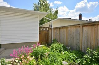 Photo 46: 27 Braden Crescent NW in Calgary: Brentwood House for sale : MLS®# C4191763