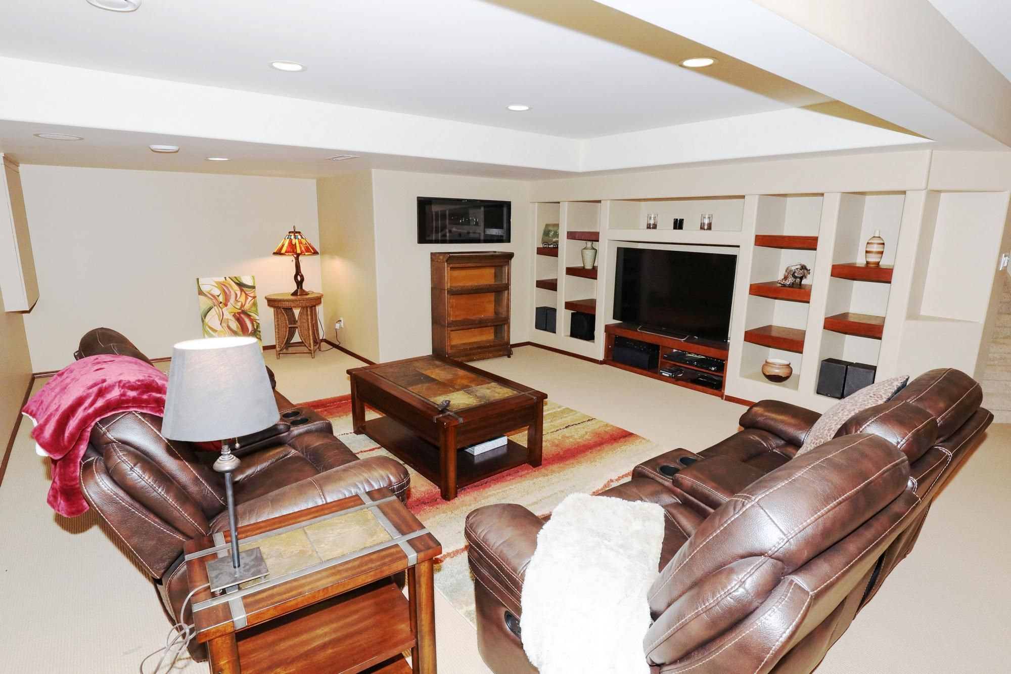 Photo 28: Photos: 7 Castle Ridge Drive in Winnipeg: Linden Ridge Single Family Detached for sale (1M)  : MLS®# 202107901