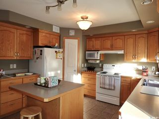 Photo 3: 113 Willow Court in Osler: Residential for sale : MLS®# SK846031