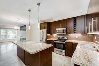 Main Photo: 4 2101 17 Street SW in Calgary: Bankview Row/Townhouse for sale : MLS®# A1133060