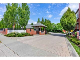 """Photo 3: 22 19505 68A Avenue in Surrey: Clayton Townhouse for sale in """"Clayton Rise"""" (Cloverdale)  : MLS®# R2484937"""