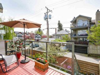 """Photo 9: 3011 LAUREL Street in Vancouver: Fairview VW Townhouse for sale in """"FAIRVIEW COURT"""" (Vancouver West)  : MLS®# R2058843"""