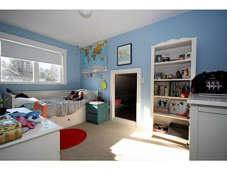 """Photo 18: 428 55A Street in Tsawwassen: Pebble Hill House for sale in """"PEBBLE HILL"""" : MLS®# V1046466"""