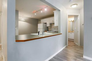 "Photo 6: 114 6557 121 Street in Surrey: West Newton Condo for sale in ""Lakewood Terrace"" : MLS®# R2083084"