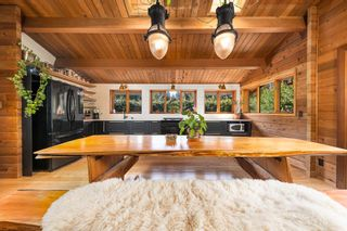 "Photo 3: 2040 MIDNIGHT Way in Squamish: Paradise Valley House for sale in ""Paradise Valley"" : MLS®# R2562317"