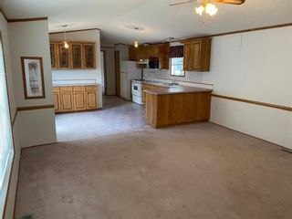 Photo 3: 105 Glasgow Street: Blackie Mobile for sale : MLS®# A1123734