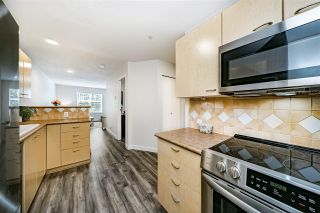"""Photo 11: 205 1011 W KING EDWARD Avenue in Vancouver: Shaughnessy Condo for sale in """"Lord Shaughessy"""" (Vancouver West)  : MLS®# R2473523"""